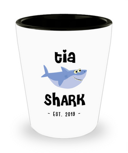 Tia Shark New Tia Est 2019 Do Do Do Expecting Tias Baby Shower Pregnancy Reveal Announcement Gifts Ceramic Shot Glass