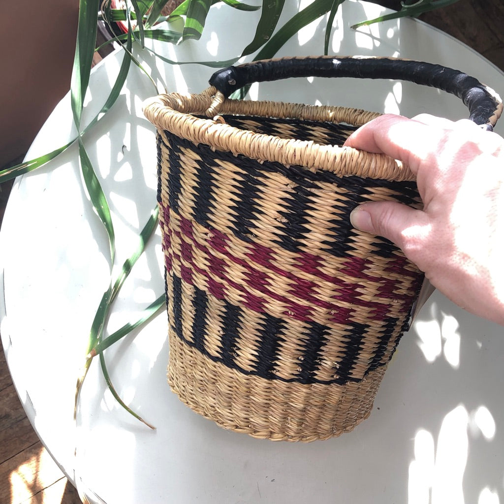 Bucket Baskets Medium -– Red Mountain