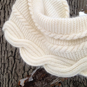 Betangled Cowl by Jennifer Weissman