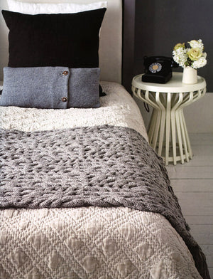 Knits at Home: Rustic Designs for the Modern Nest by Ruth Cross