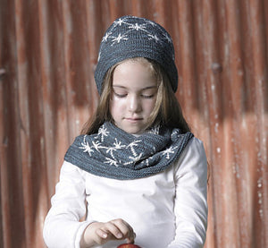 Starburst Cowl & Hat by Alicia Plummer-Yarn & Book Gift Set
