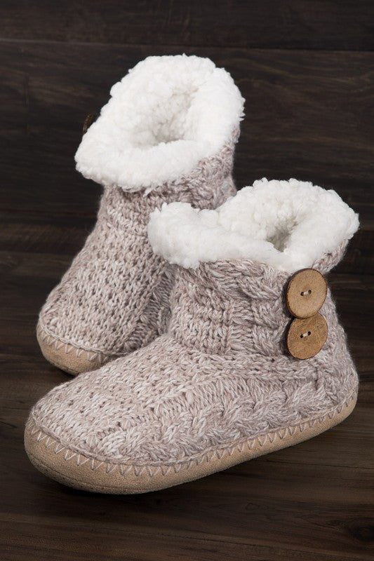 knitted slippers with coconut button