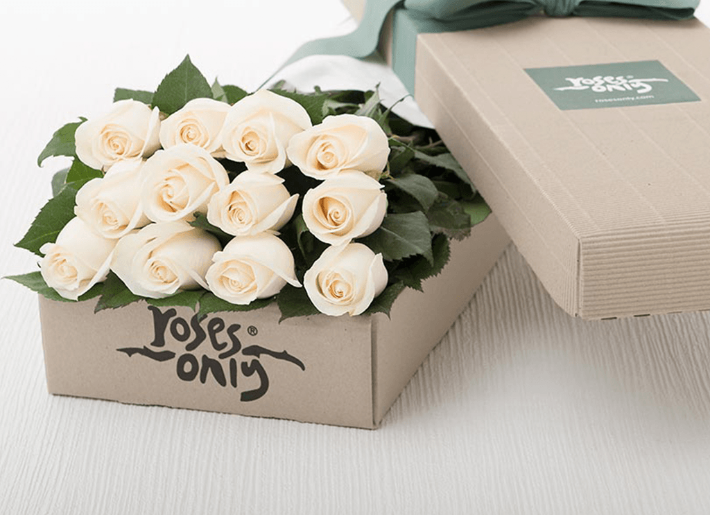 12 White Cream Roses Gift Box - Roses Only