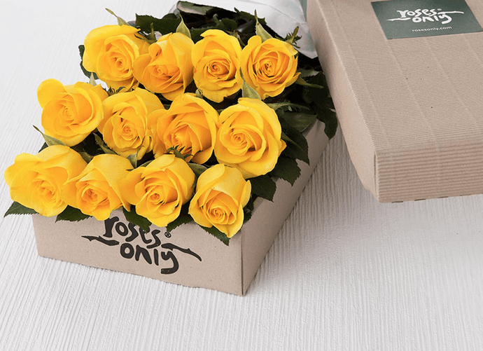 12 Yellow Roses Gift Box - Roses Only