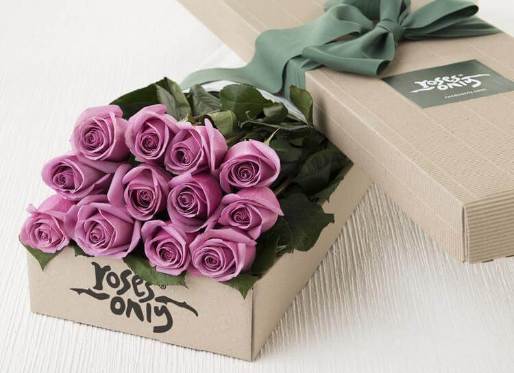 Mauve Roses Gift Box - 12 Long Stem Roses