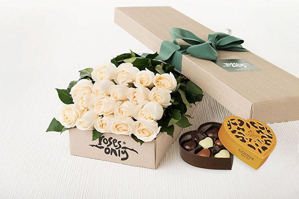 18 White Cream Roses Gift Box & Godiva Chocolates