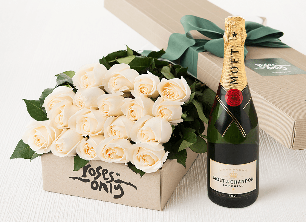 18 White Cream Roses Gift Box & Champagne - Roses Only