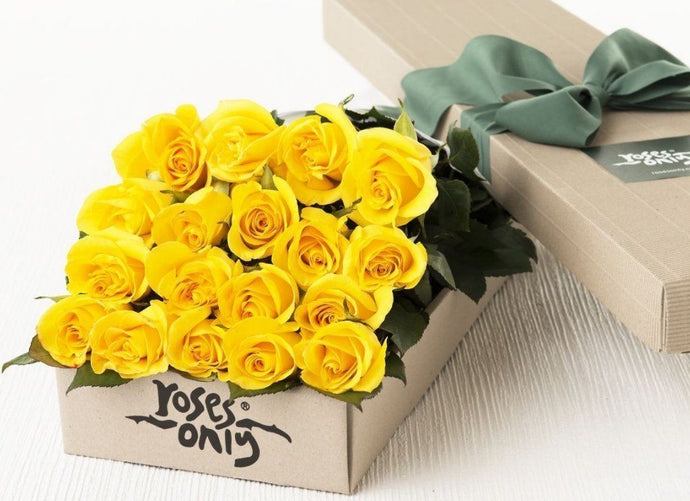 18 Yellow Roses Gift Box - Roses Only