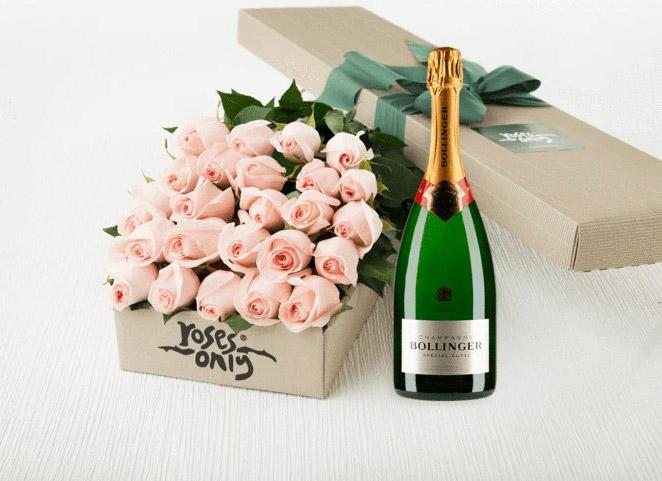 24 Pastel Pink Roses Gift Box & Champagne
