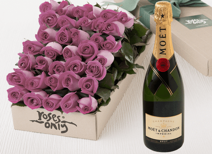 36 Mauve Roses Gift Box & Champagne - Roses Only