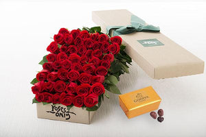 Red Roses Gift Box 50 & Godiva Chocolates