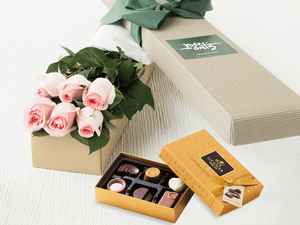 6 Pastel Pink Roses Gift Box & Gold Godiva Chocolates - Roses Only