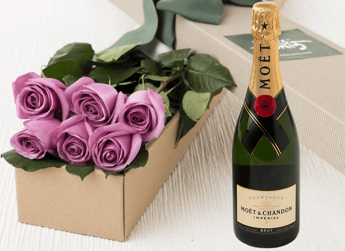 6 Mauve Roses Gift Box & Champagne - Roses Only