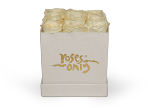 9 White Rose Cube Hat Box - Roses Only