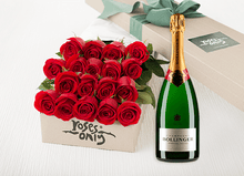 Red Roses Gift Box 18 & Champagne