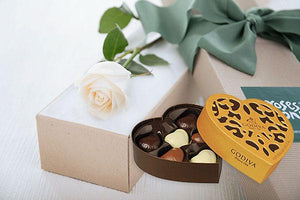 Single White Cream Rose Gift Box & Gold Godiva Chocolates