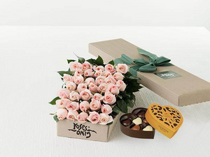 Pastel Pink Roses Gift Box ( 36 Flowers )& Gold Godiva Chocolates(6PC)
