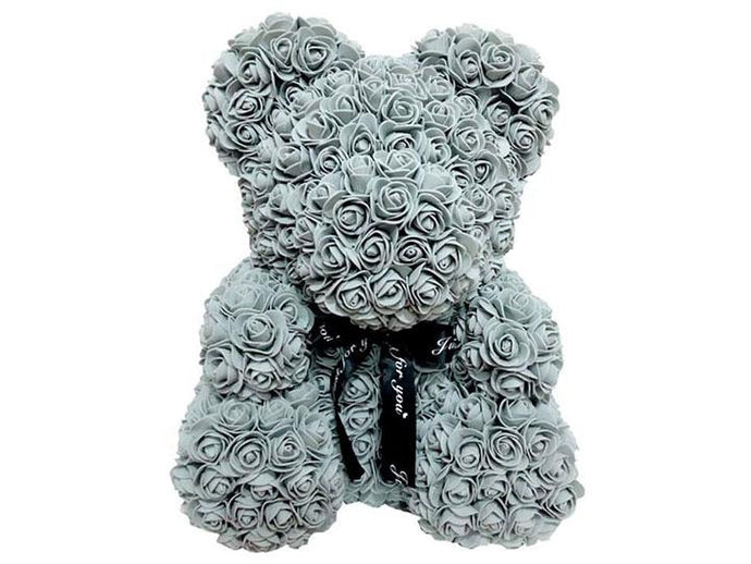 Robert the Rose Bear