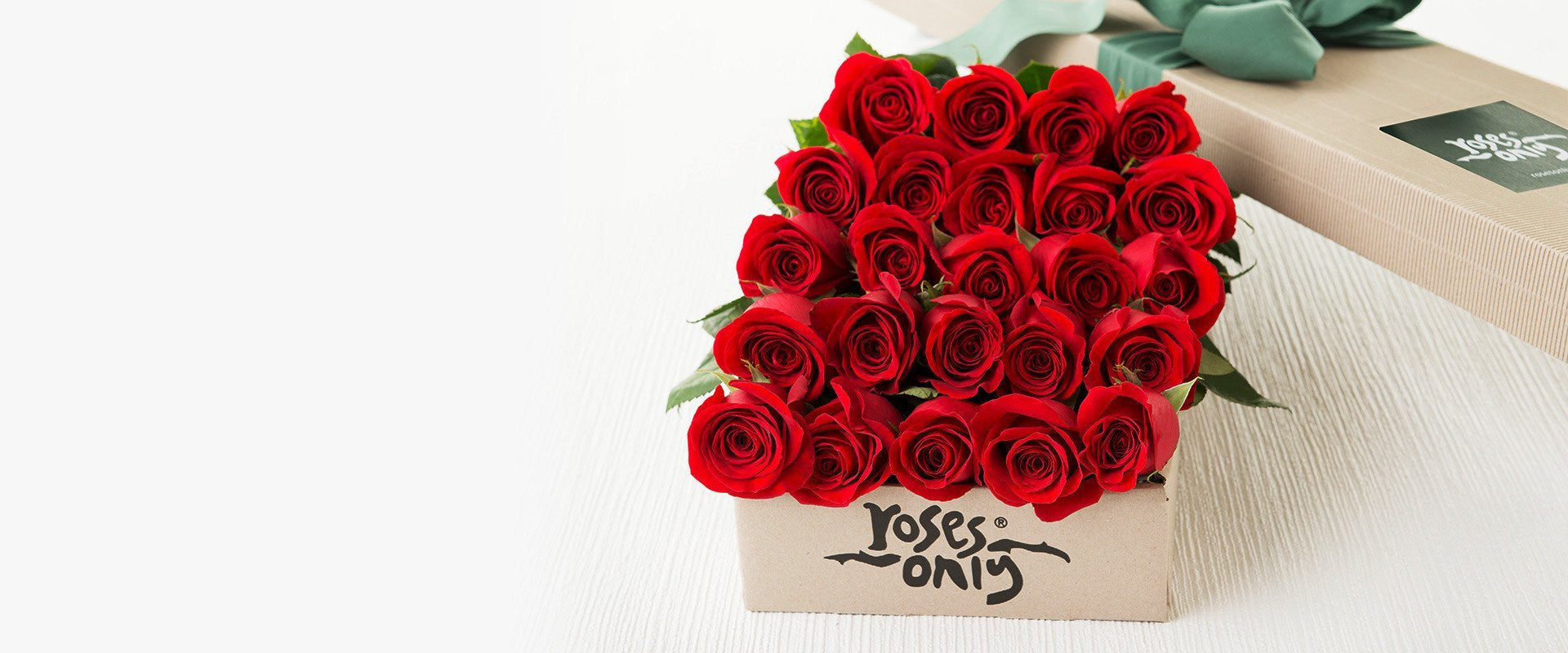 (24 gestures {of love} with our) 24 Long Stemmed Red Roses Only Gift Box £99.95