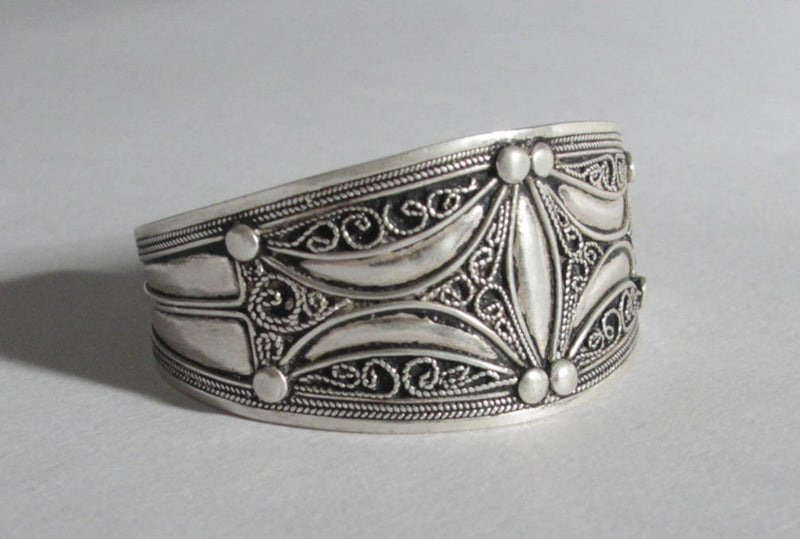 berber antiques BRACELET berber silver algerian cuff tribal fusion berber jewelry Berber tribal art african jewelry SI12 vintage copy2