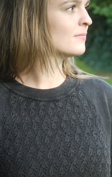 Simple and Elegant Black Grey O-Neck Pullover for Women from Piece of Blue. Close up.