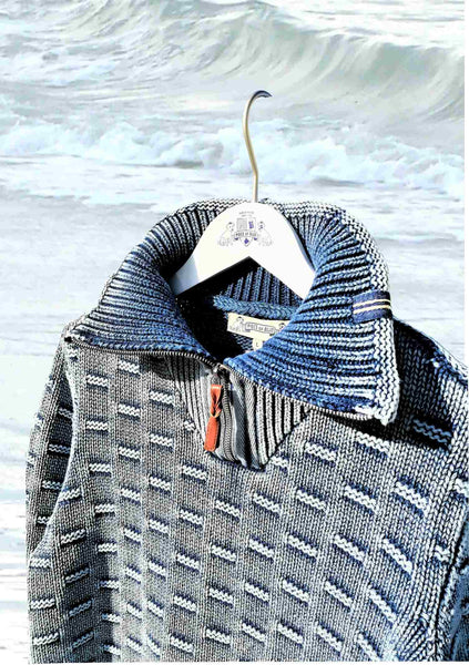 NICE PULLOVER WITH A HIGH COLLAR AND HERRINGBONE BAND - LIGHT INDIGO BLUE