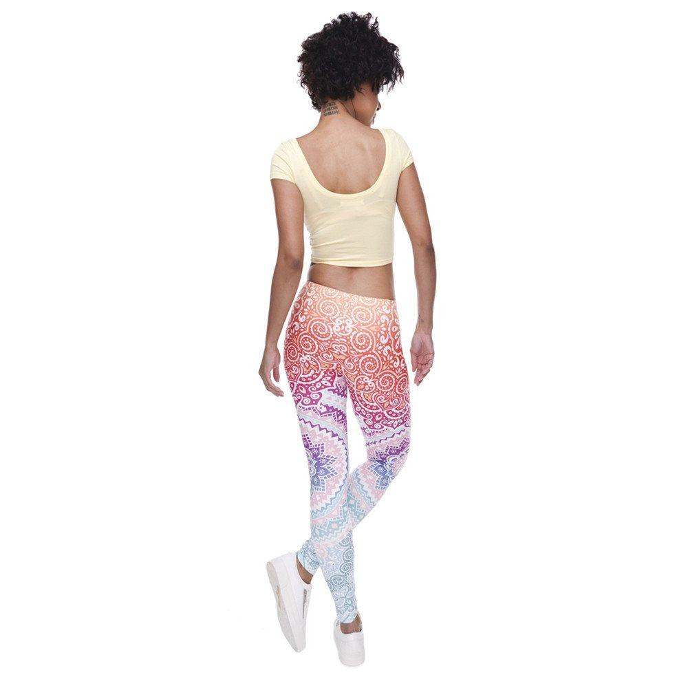 Women's Apparel - Women's 3D Aztec Ombre Yoga Pants
