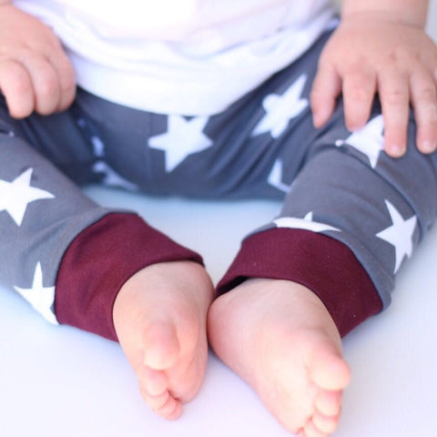 Maroon and Stars Little Ones' Leggings - Leshy Lamb
