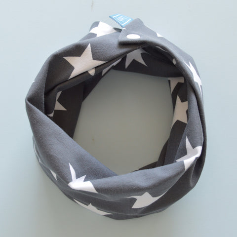 Stargrazers Snood Bib - Leshy Lamb