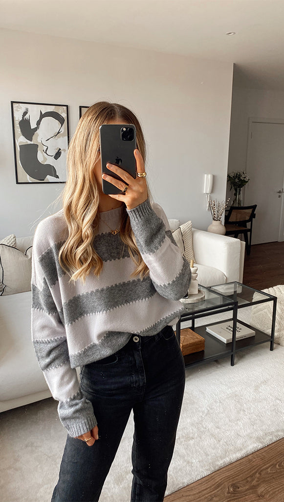 AVA SWEATER - GREY