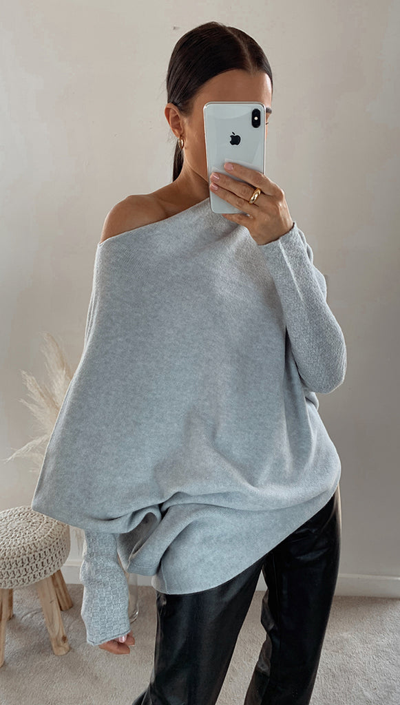 AUDRINA SWEATER - GREY