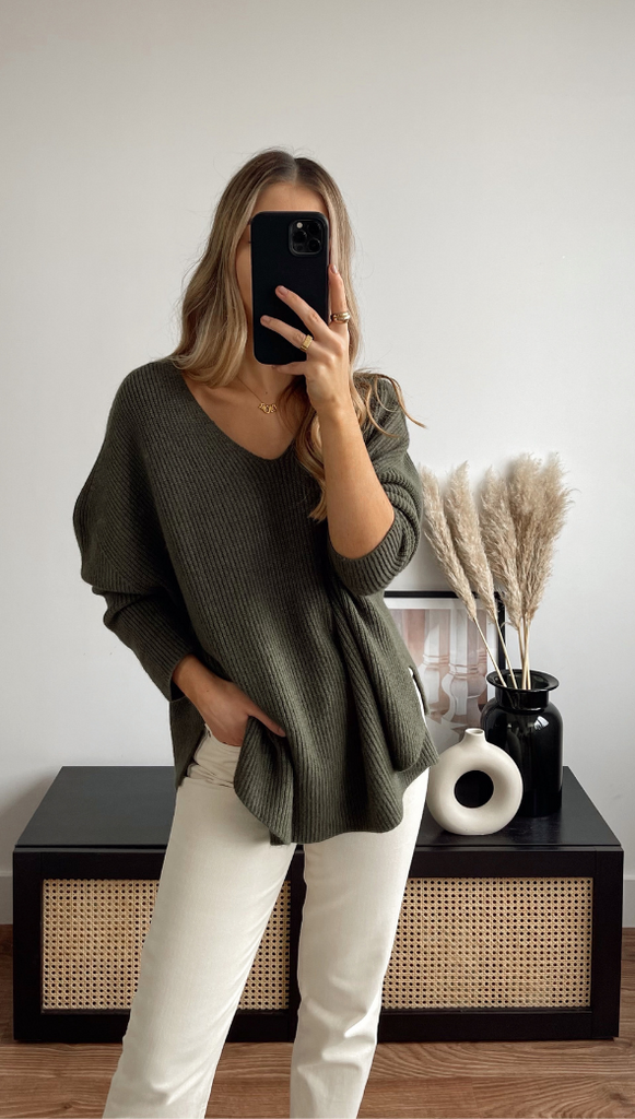 8.00PM SWEATER - MOSS