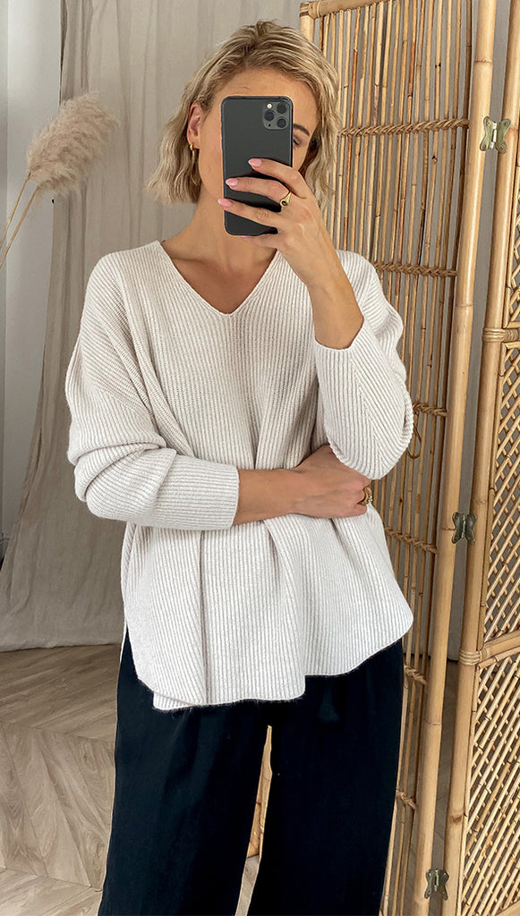 8.00PM SWEATER - IVORY