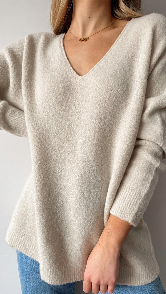 EVE BOUCLÉ V-NECK SWEATER - IVORY