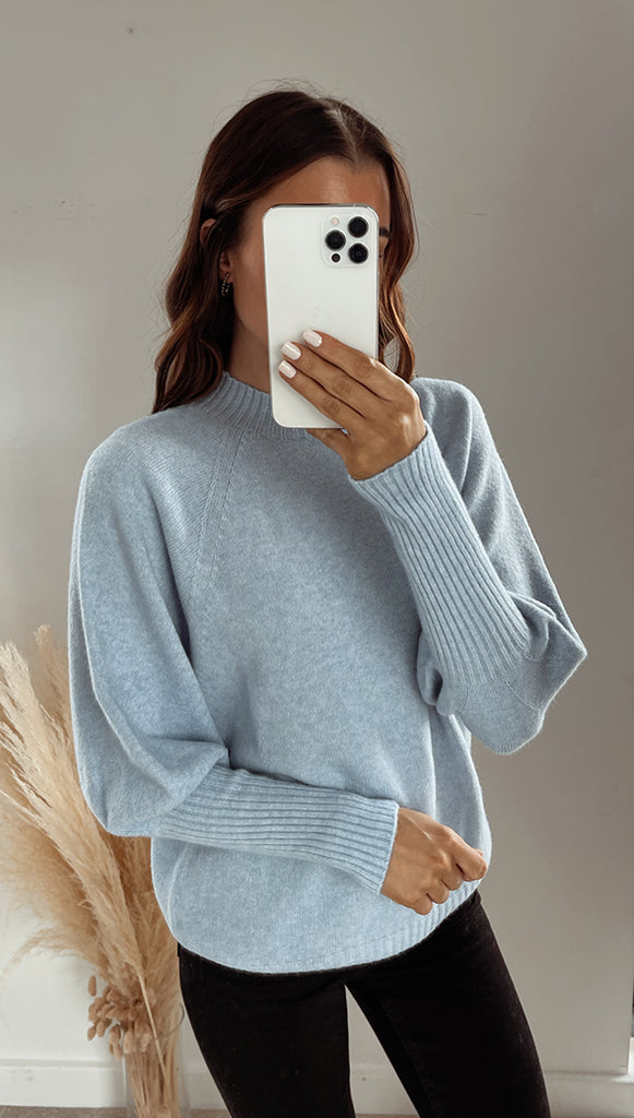 SIENA SWEATER - SKY BLUE