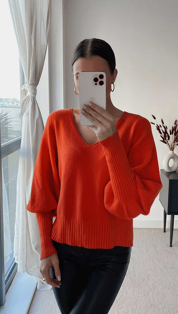 CROPPED SIENA SWEATER - POMEGRANATE