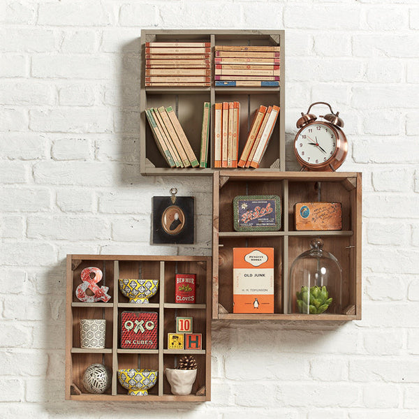 Collectible gallery. wall art shelving