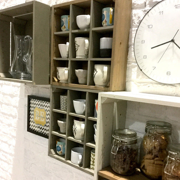Kitchen pottery wall cabinet