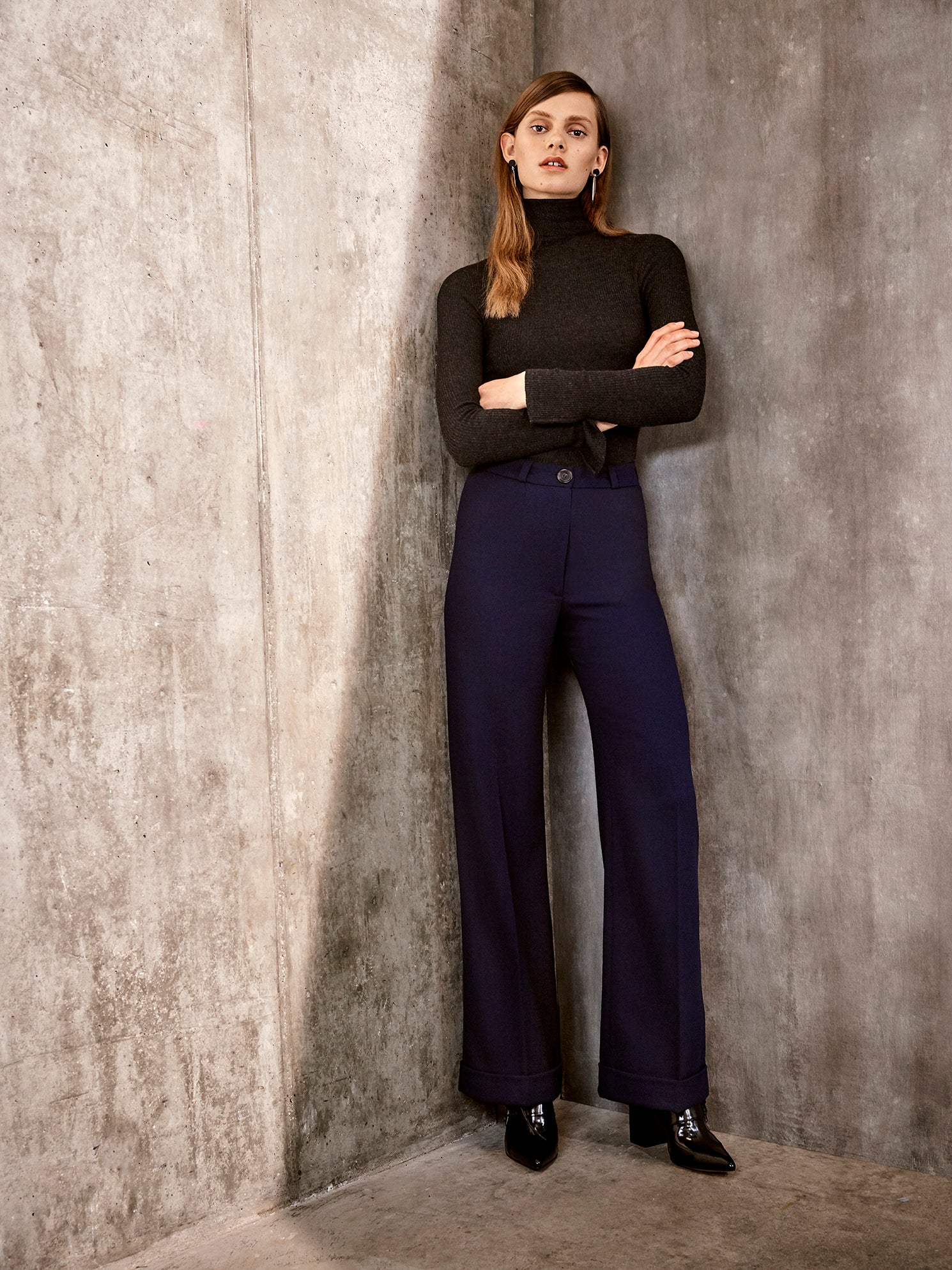 Isabelle Fox Rita trousers navy Look Book