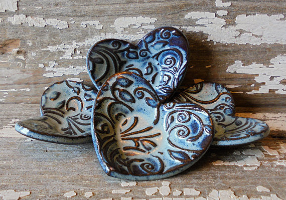 Pottery Heart Dish - Dragonfly Blue