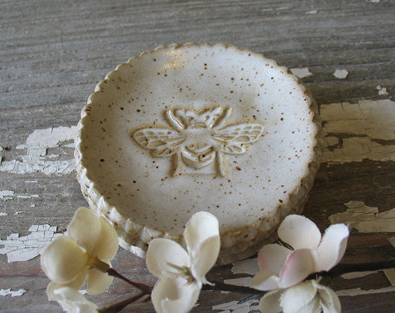 Pottery Bee Dish
