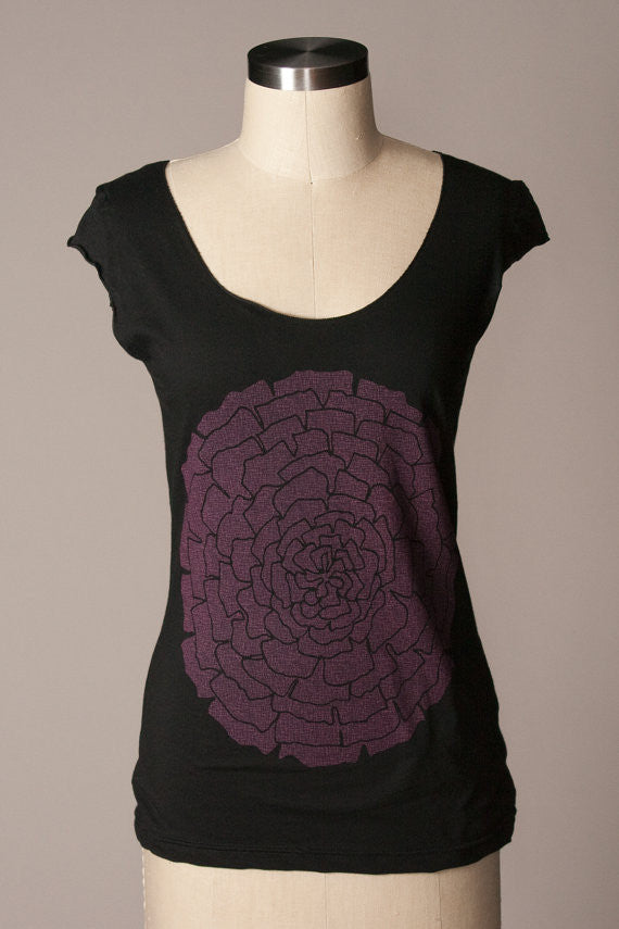 Ranunculus Scoop Tee - Small