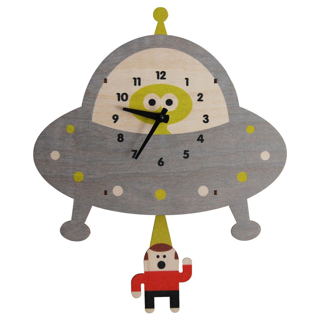 Saucer Pendulum Clocks