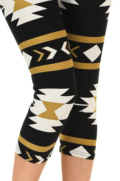 Printed Capris Leggings - Navajo Black Beige