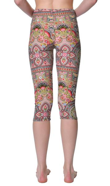 Printed Capris Leggings - Field of Dreams