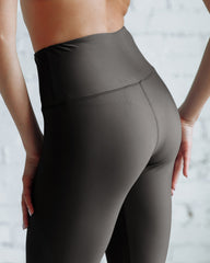 VIV Collection Signature Leggings Ultra Soft and Strong Tension Elastic YOGA High Waistband w/ Hidden Pocket