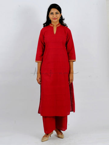 Everyday mangalgiri kurtas in solid colours with collar and cuff embroidery