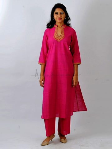 Everyday mangalgiri kurtas in Rani pink with Jewel neck embroidery