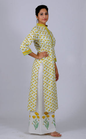 Printed Kurtas yellow twisted Lotuses