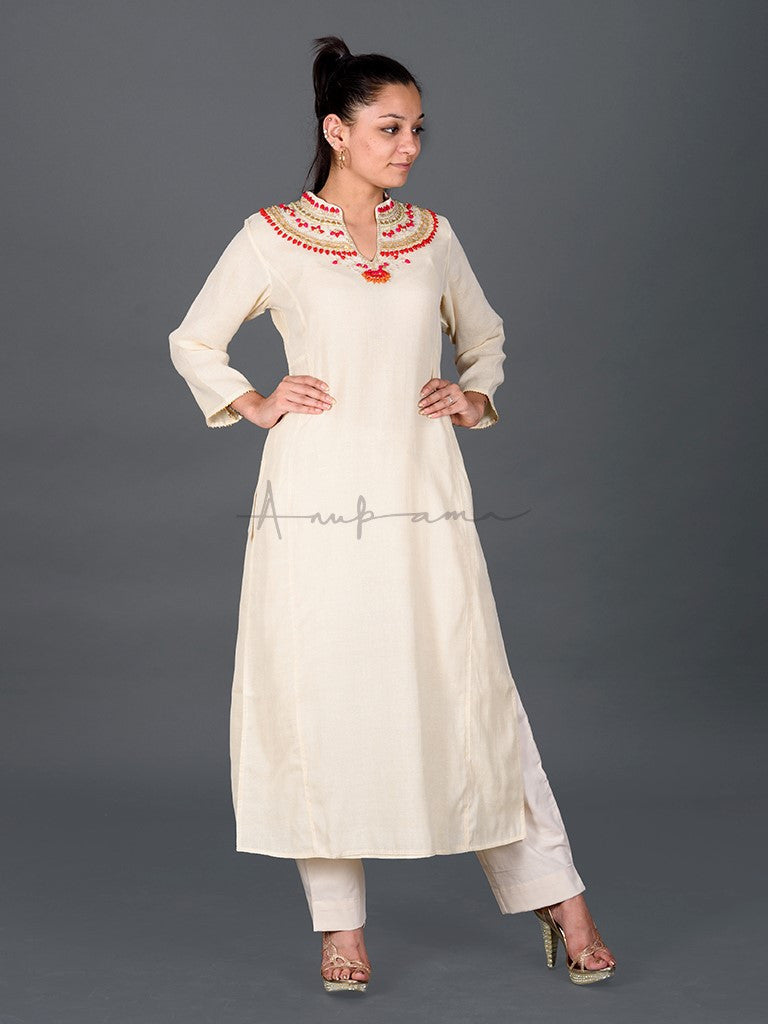 Rosebud embroidered kurta with matching cotton poplin pants